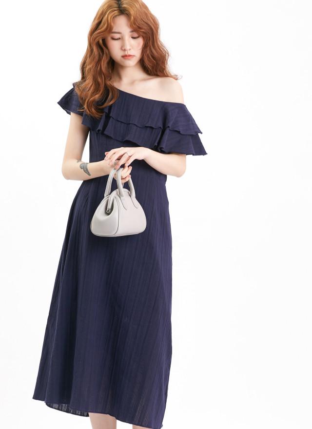 D1099琳恩花領造型洋裝