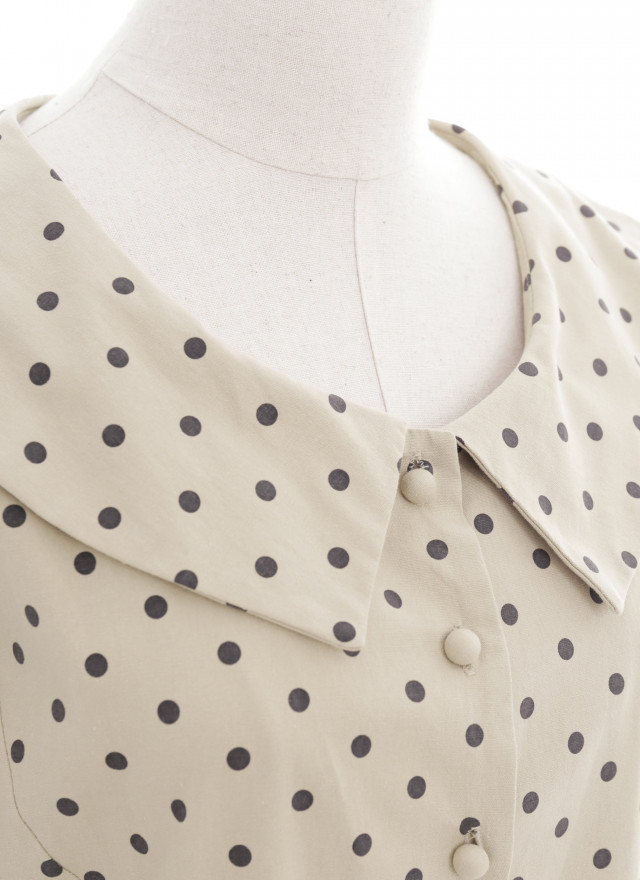 D1151葛琳波點花領洋裝(兩色)