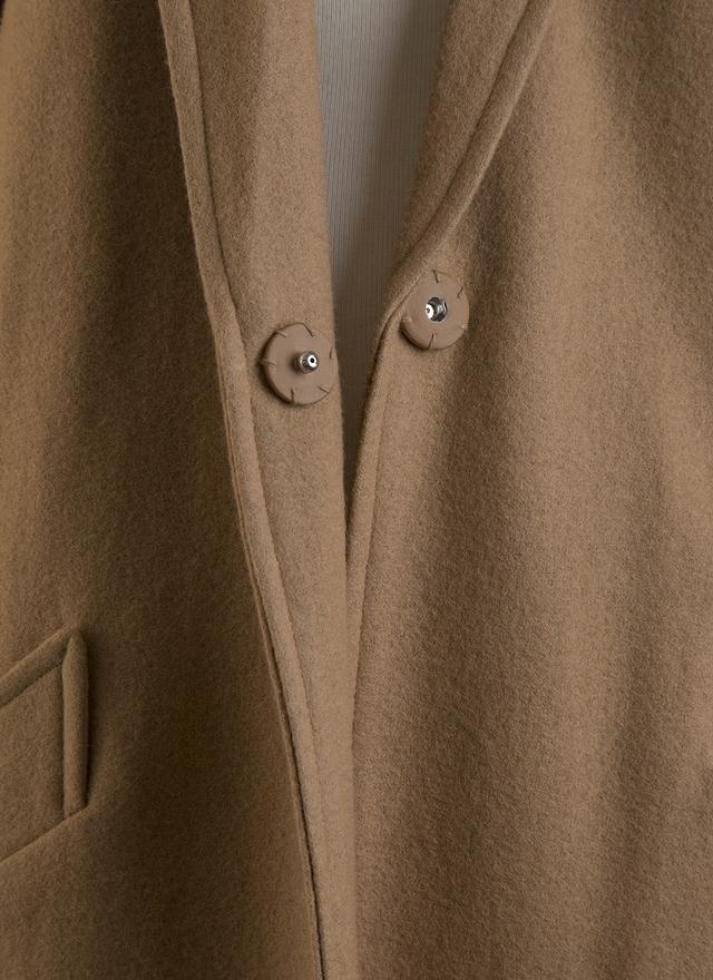 O0122 時尚窄身綁帶米色大衣