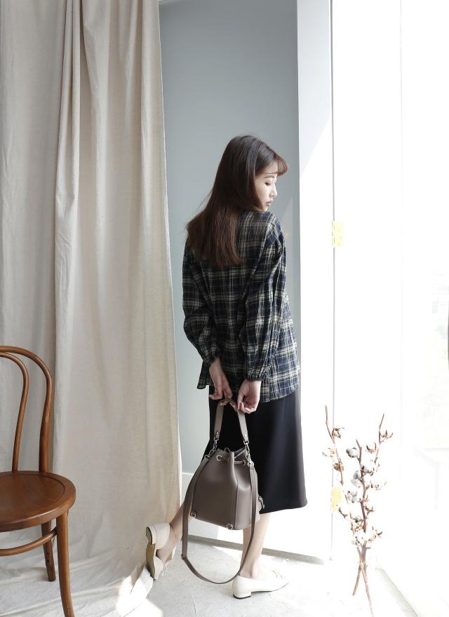 S0629 斜擺開衩中長裙(特惠)