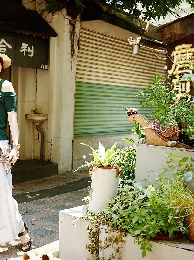 P0156 時尚純白寬褲