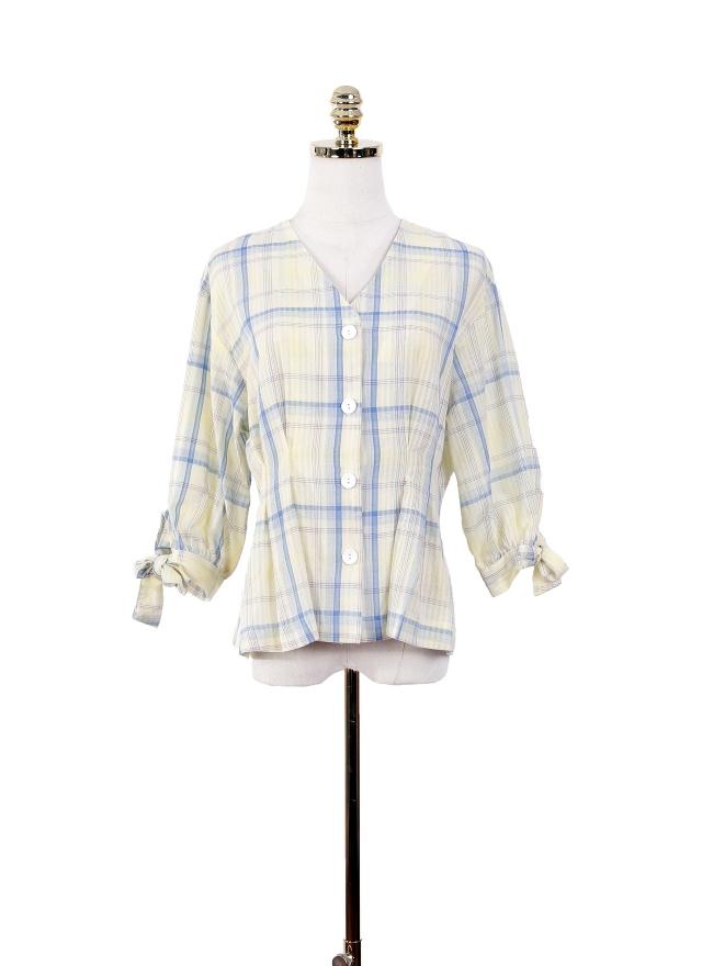 T0991 繽紛格紋V領收腰上衣