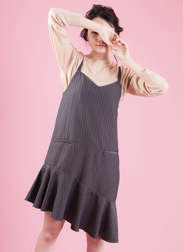 D0309 細肩直紋花擺洋裝