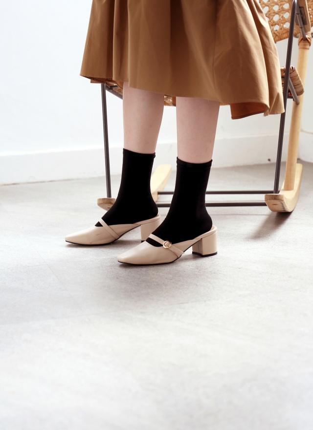 SH0158 魅力單色皮革矮跟鞋