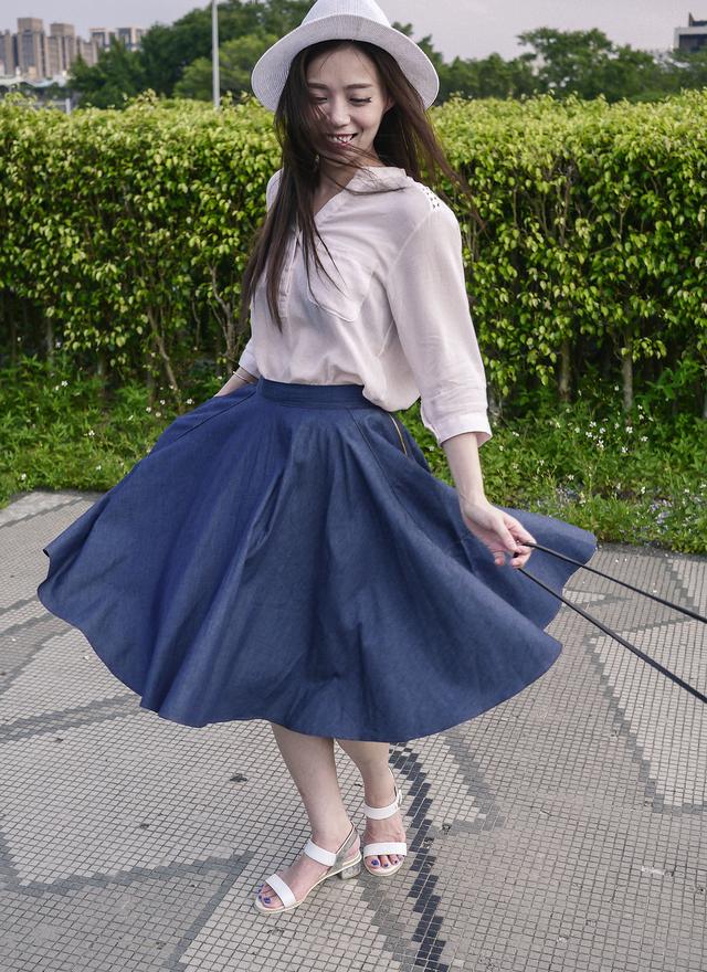 T0336 淡粉肩縷圓花薄棉衫