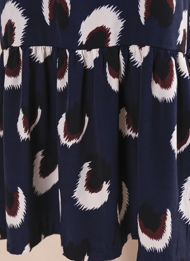 D0413 孔雀印花荷葉擺洋裝
