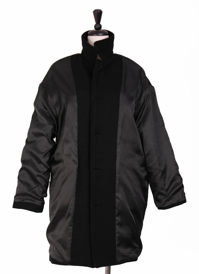 細膩小領黑色羊毛大衣