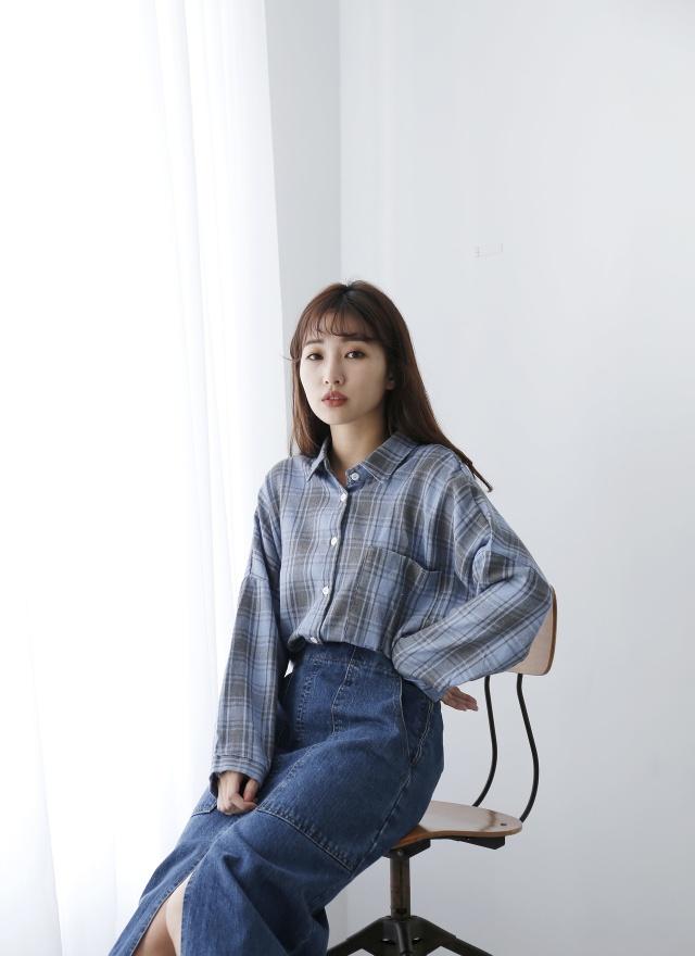 T1137 率性藍格紋襯衫