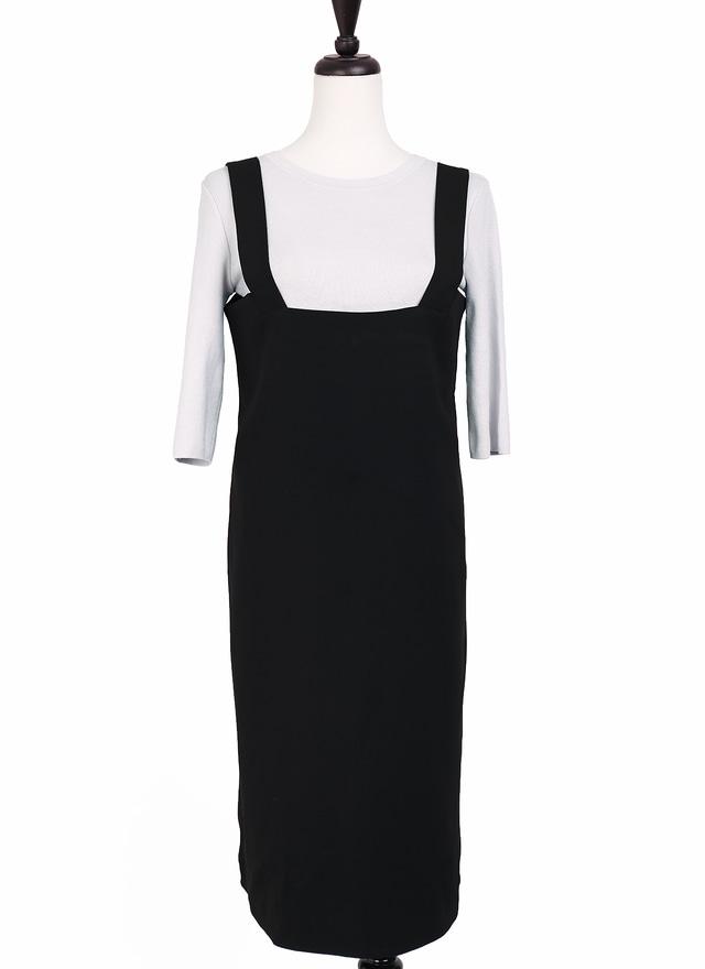 D0509 極簡純黑肩帶洋裝