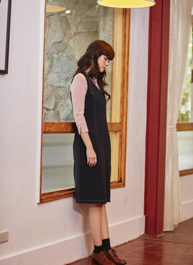 D0417 秀氣剪裁縫線洋裝
