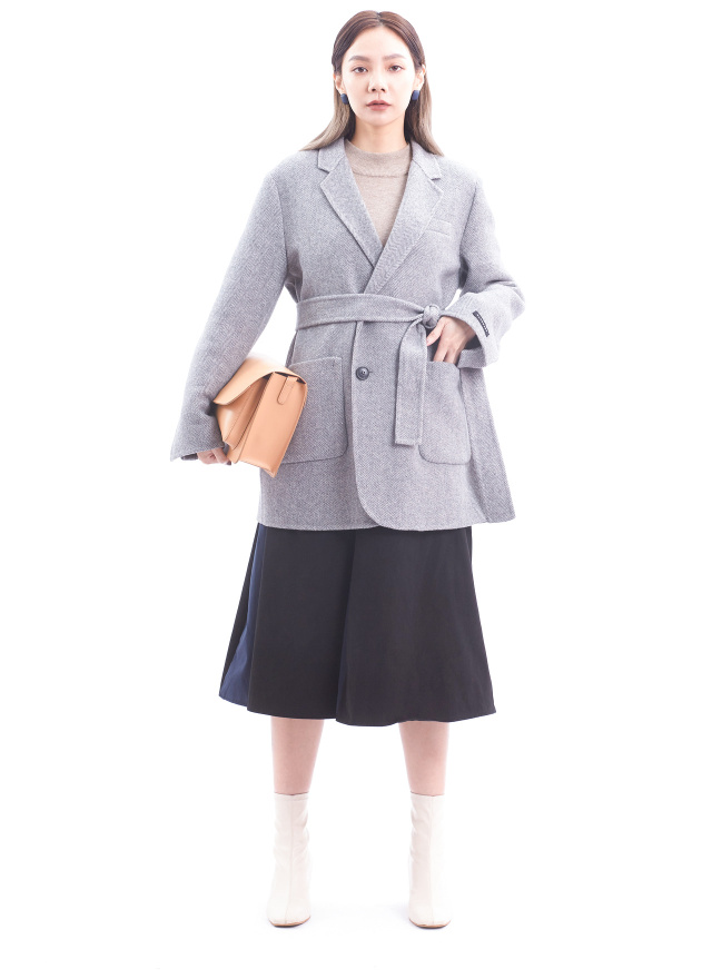 O0562嫩灰星織綁帶羊毛大衣