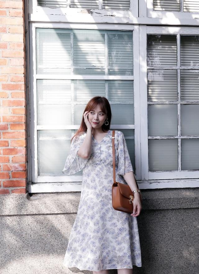 D0659 白嫩紫印花雪紡洋裝