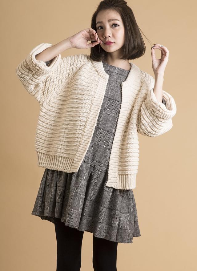 O0134 浪漫波浪針織短外套