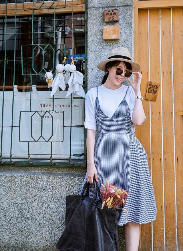 D0437 優雅美人黑白細肩洋裝