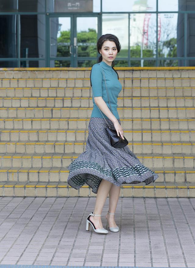 S0206 幾何菱形紋百折長裙