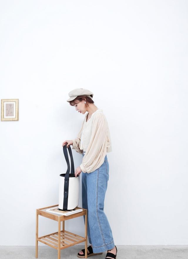O0340 繡紋開襟短版外套 (特)