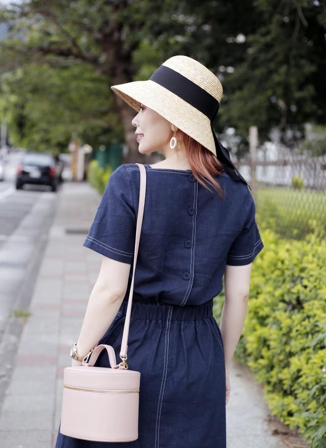 06高雅方領修飾洋裝 (兩色)