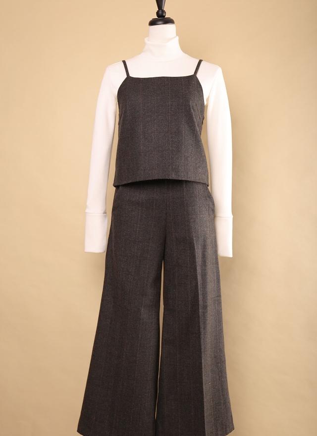 D0399 時尚俐落直紋套裝