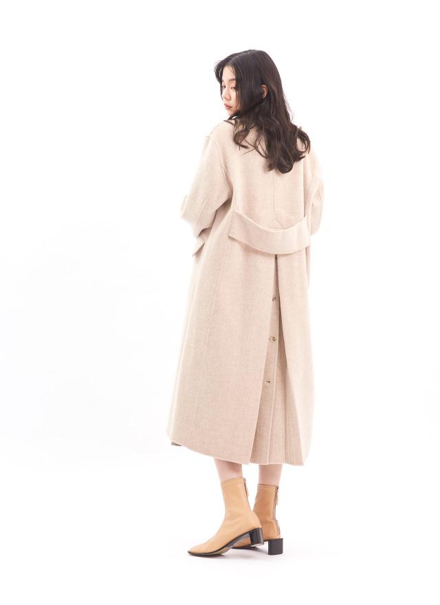 O0558典雅花麥手工羊毛大衣