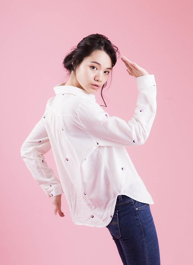 T0418 嫩粉配色圓點襯衫