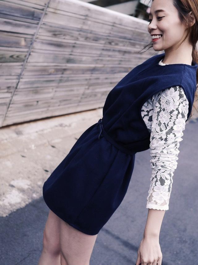D0215 V領毛料修身背心洋裝 (附腰帶)