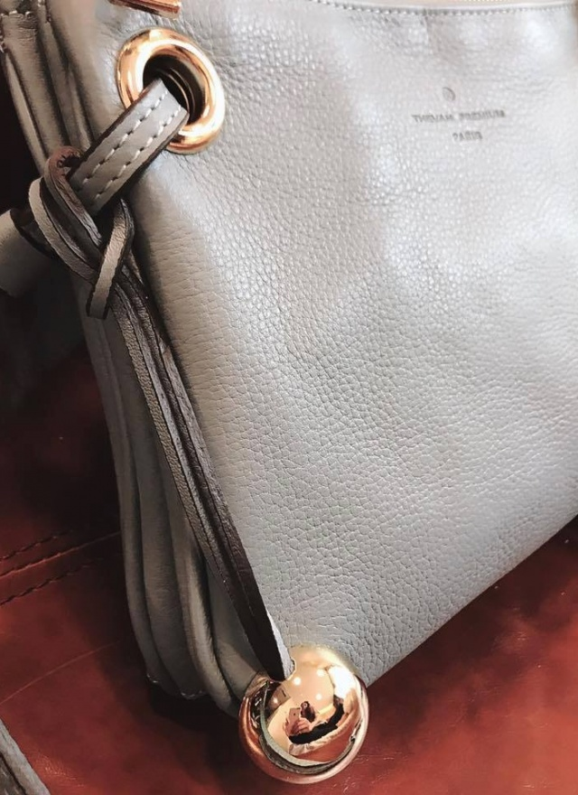 SP簡潔小巧純色肩背包