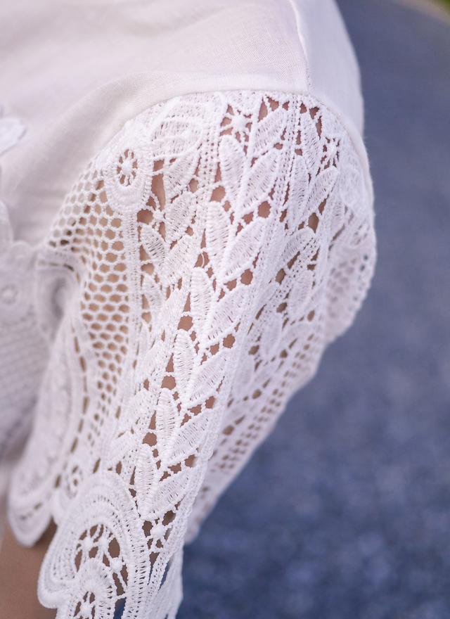 T0333 宮廷雕花袖麻織上衣