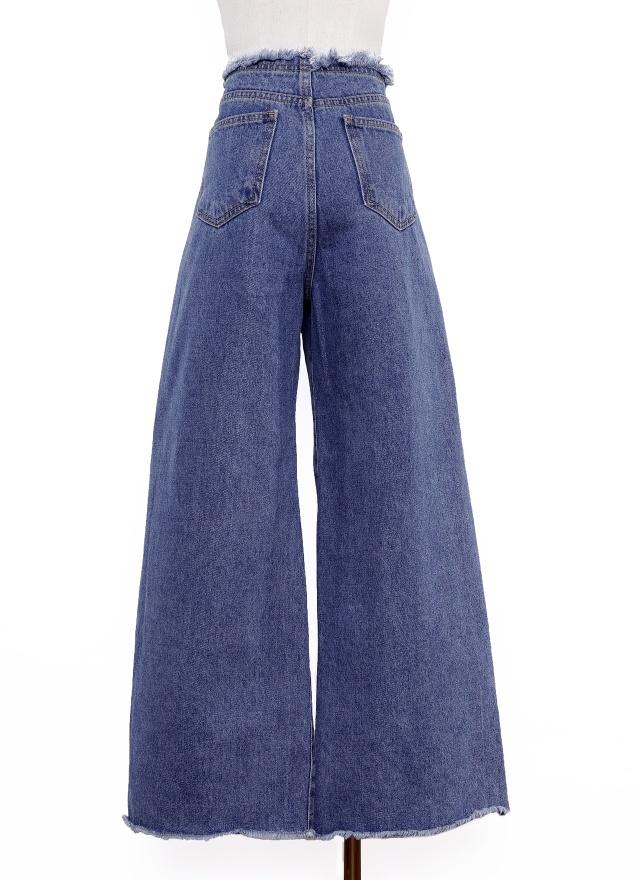 P0235 經典抽鬚寬管褲(特惠)