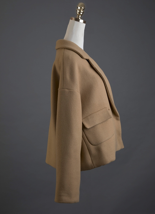 O0123 高端質感雙口袋短外套