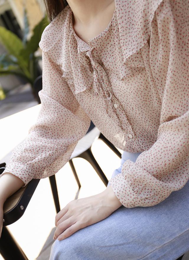T1507野鳶花領上衣