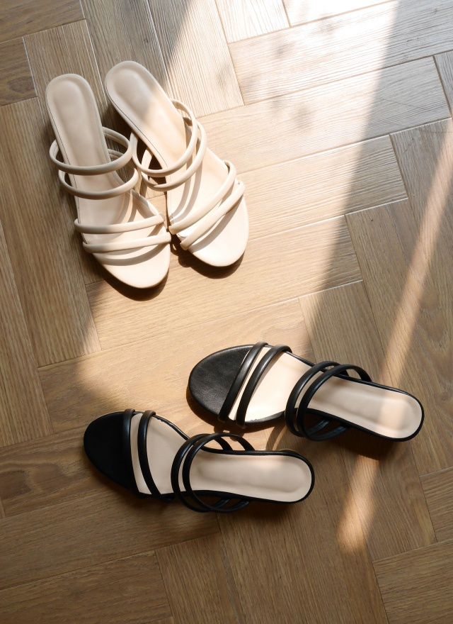 SH0141 雙線帶圓矮跟涼鞋 ( 兩色 )