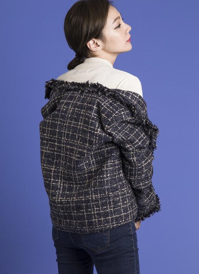 O0128 混彩線織小香外套