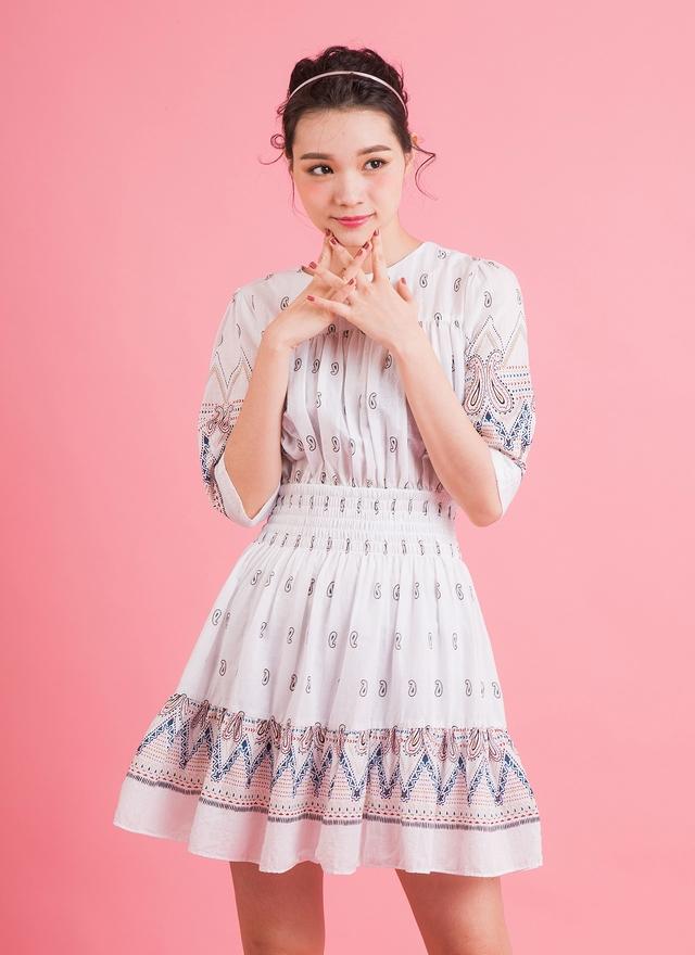 D0323 夏日織紋花洋裝