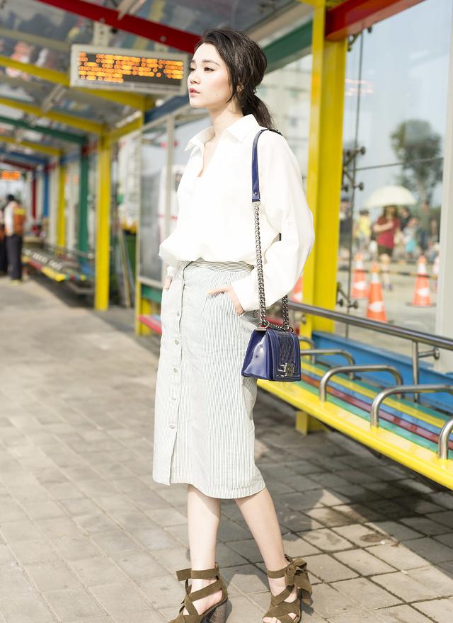 SH0039 時尚側蝴蝶羅馬粗跟鞋
