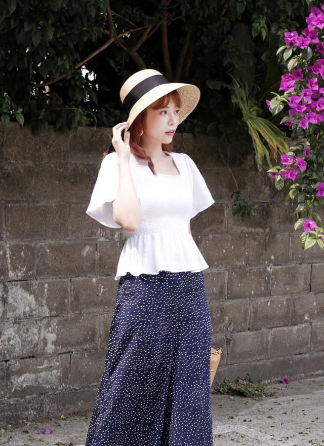 A0218 涼夏黑寬帶造型草帽(特惠)