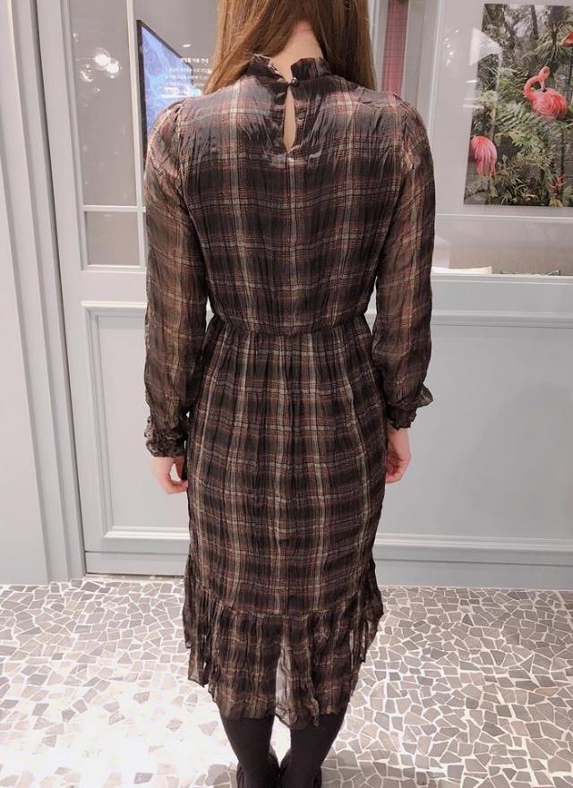 美人微領格紋洋裝