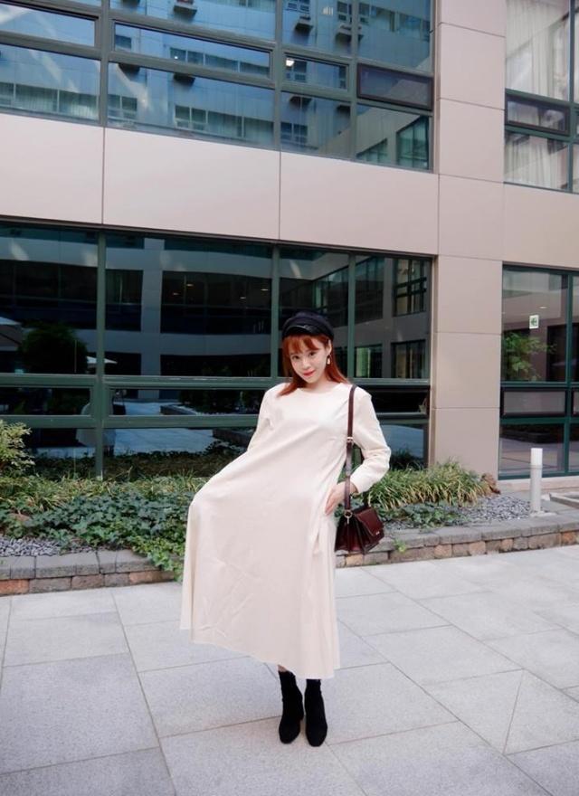 象牙白傘狀修飾洋裝