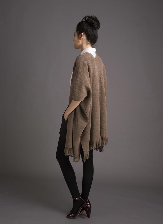 O0114 安哥拉羊毛披肩流蘇外套