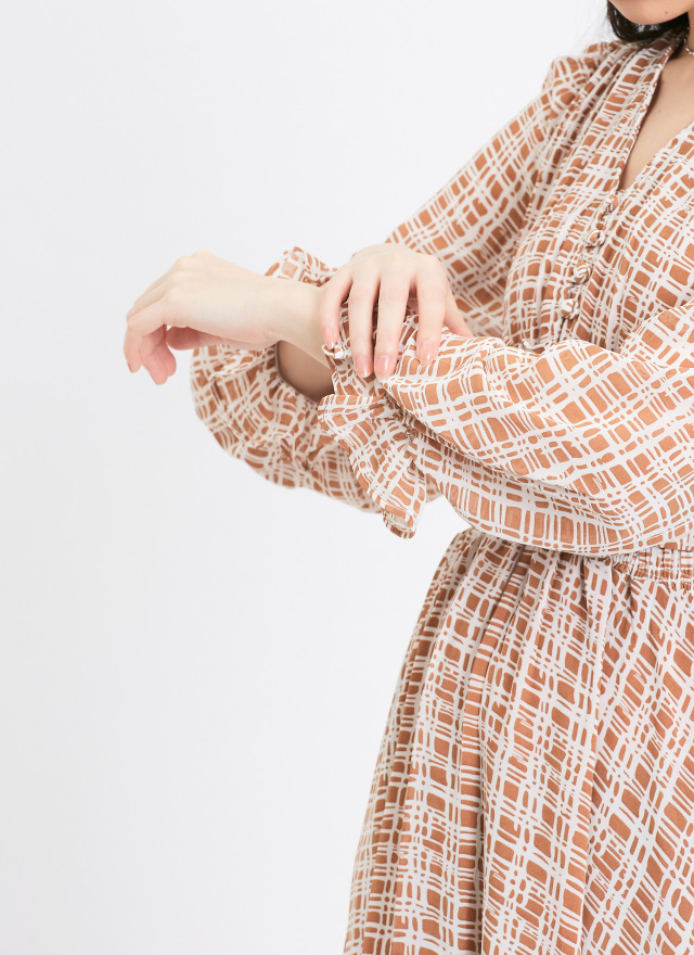 D0970焦糖雪紋抓褶洋裝