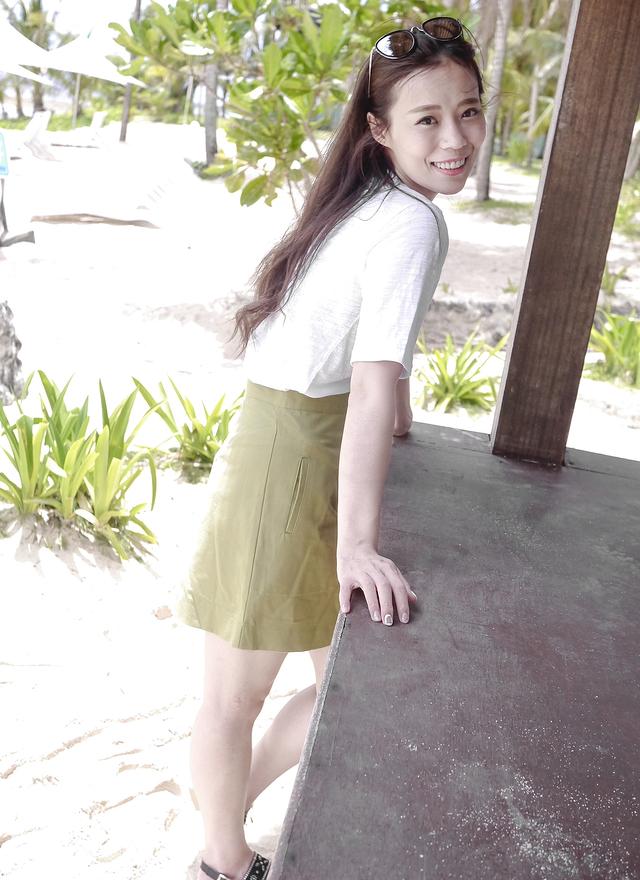 S0219 質感繡綠雙口袋裙
